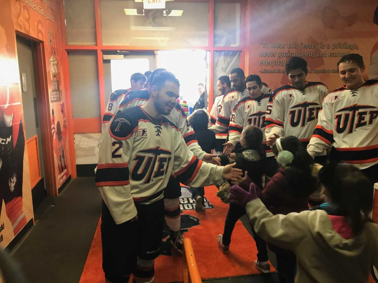 UTEP hockey_1548294760249.png.jpg