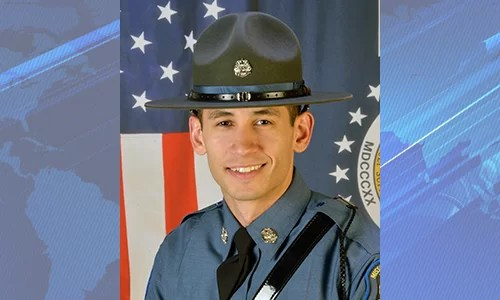Trooper Matthew Neely receives award of Valor