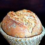 Chleb orkiszowy z ziarnami orkiszu w grudniowej Piekarni. Trzeci rok pieczenia za nami!
