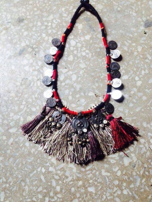 Single Coins Lines Necklace
