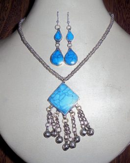 Turquoise Necklace & Ear Ring Set