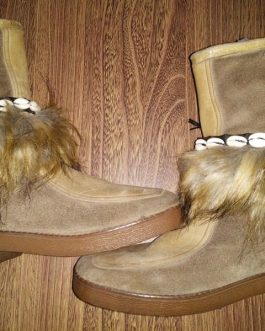 Animal Hair Boot Cover With Shell & Tikka