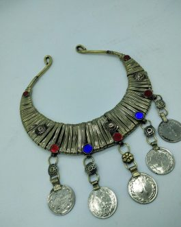 Hasli Choker With Old Coins