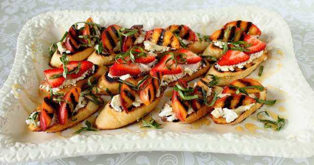 Goat Cheese and Grilled Nectarine Crostini - kudoskitchenbyrenee.com