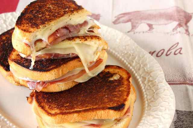 How to make Proscuitto, Melon and Provolone Grilled Cheese via kudoskitchenbyrenee.com