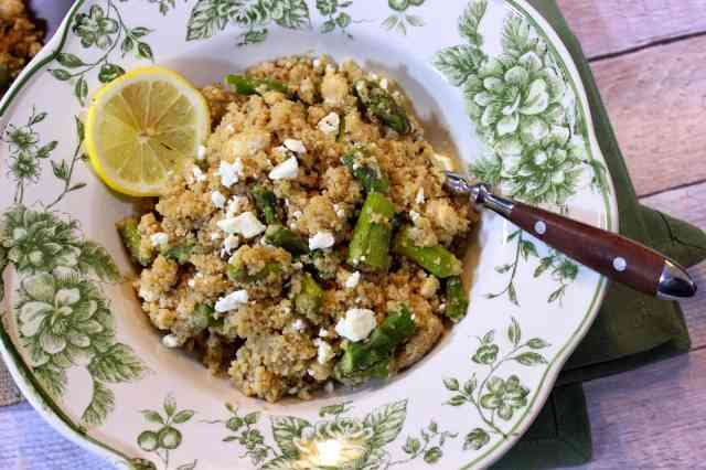 https://www.kudoskitchenbyrenee.com///2015/03/couscous-with-feta-and-asparagus.html