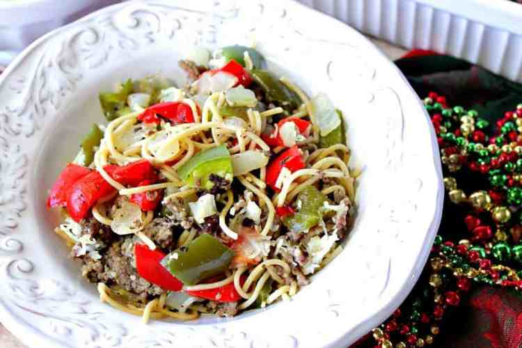 Festive Christmas Pasta with Red & Green Bell Peppers | Kudos Kitchen by Renee