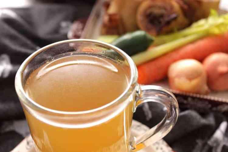 Healthy and delicious bone broth recipe