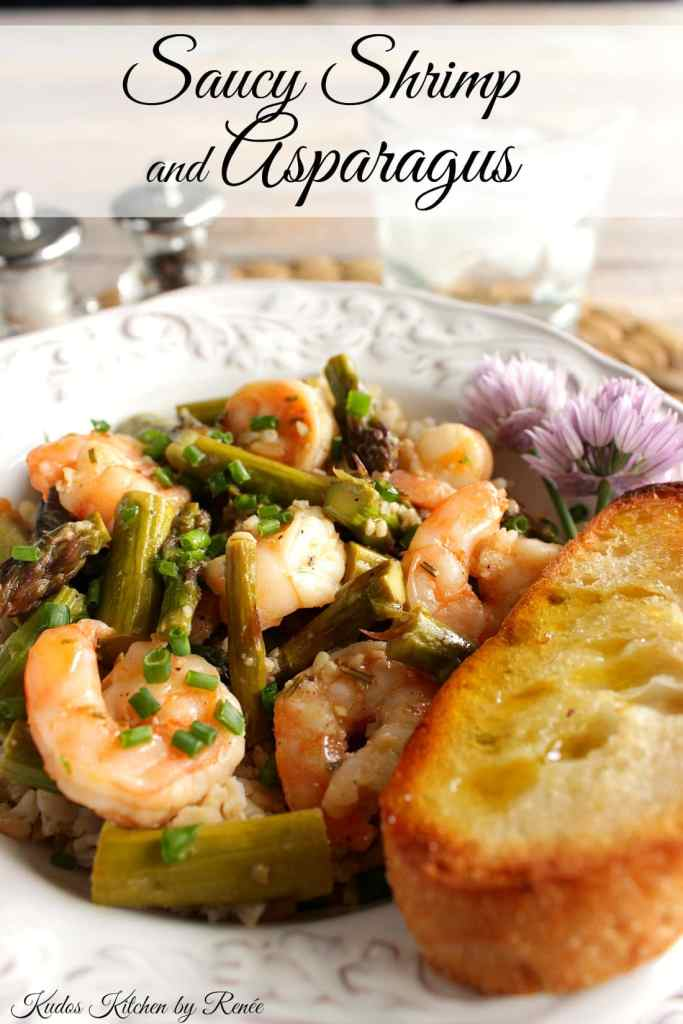 Saucy Shrimp and Asparagus with Garlic Toast