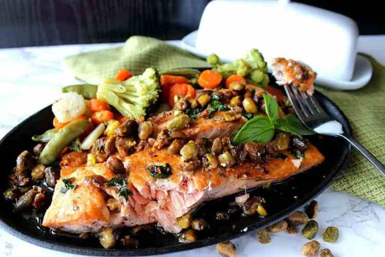 Seared Salmon Fillets with Pistachios