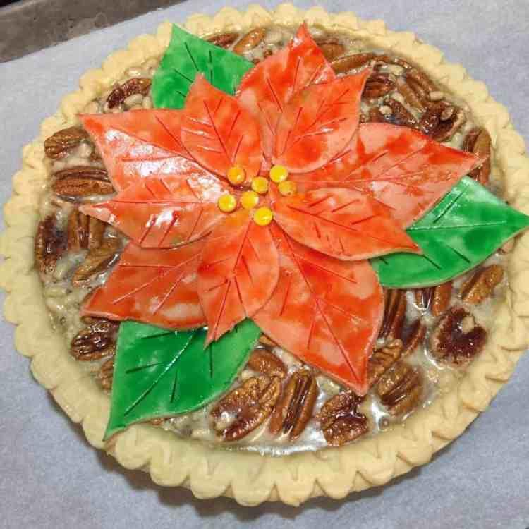 Unbaked Pecan Poinsettia Pie