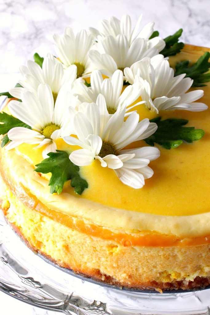 Lemon Cheesecake with Lemon Curd Topping and Shasta Daisy Decorations - kudoskitchenbyrenee.com