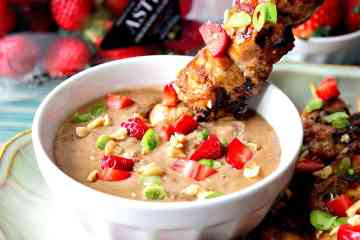 Chicken with Strawberry Satay Sauce Featuring Florida Strawberries for #SundaySupper