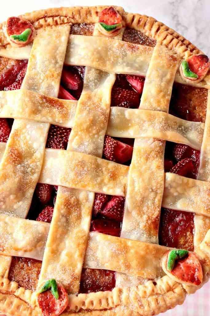 Surprise Strawberry Orange Pie Cake with Cute Lattice Pie Crust Topping. - www.kudoskitchenbyrenee.com