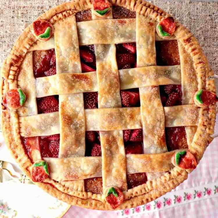 Surprise Strawberry Orange Pie Cake with Cute Lattice Pie Crust Topping - www.kudoskitchenbyrenee.com