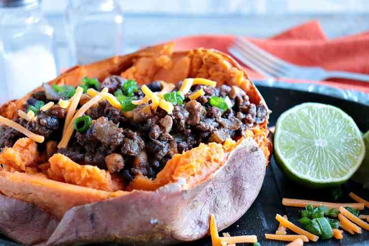 Spicy Smoky Tex-Mex Stuffed Sweet Potatoes with Ground Beef & Beans - www.kudoskitchenbyrenee.com