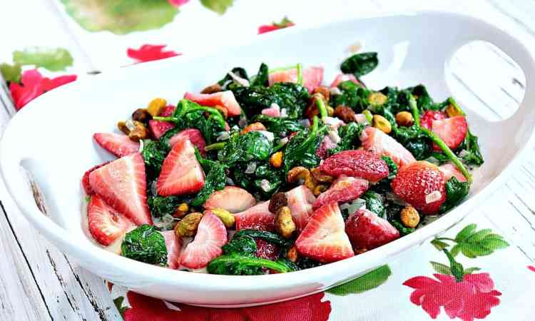 Healthy Sautée Spinach & Strawberry with Pistachios side dish recipe - kudoskitchenbyrenee.com
