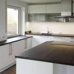 Große Kücheninsel Mering Küchenstudio Blank