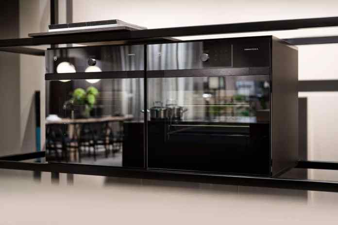 """The host can decide to what extent he leaves the process of """"soft cooking"""" to the device. The CombiSteam MSQL and the CombAir series from V-ZUG can all be equipped with this function. (Photo: V-ZUG)"""