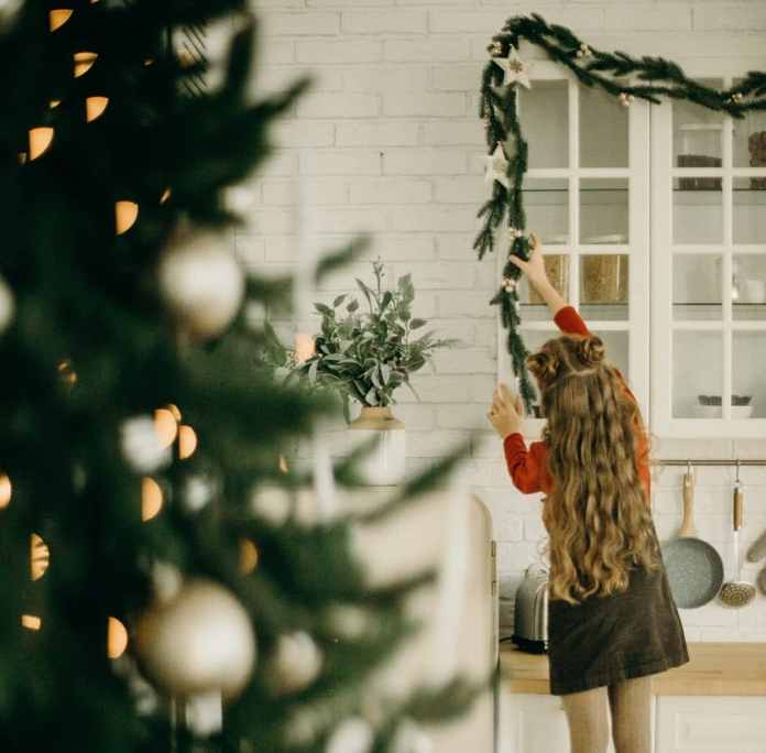 Christmas means: Bring the kitchen to a high gloss and then clean it up - after all, the whole family is here. (Photo: stock)
