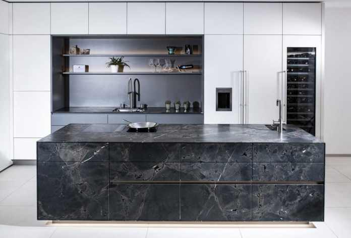 Best workmanship, noblest design, highest functionality: the superlatives for STRASSER kitchens speak for a healthy self-confidence - and extraordinary kitchen products. (Photo: Strasser)