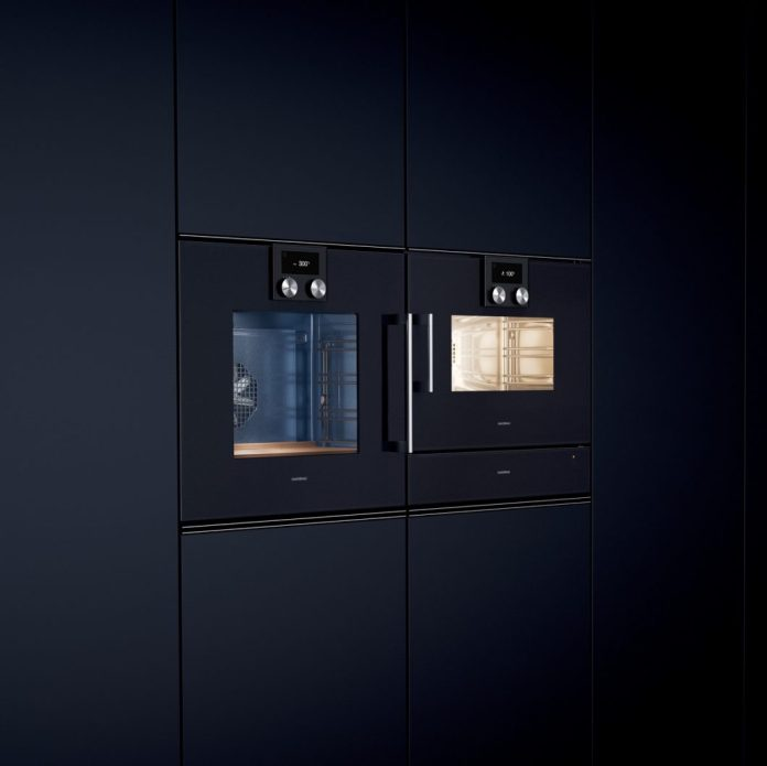 The difference between a steam cooker, an oven and a steam oven? Find out here in the magazine - but the best way to experience it is on-site in the studio. (Photo: Gaggenau)