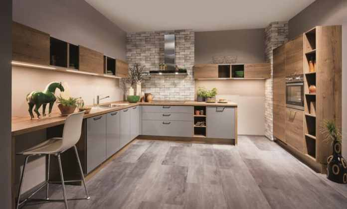 Lacquer or lacquer laminate? From now and until December 31, 2020, customers can purchase the high-quality lacquer front at the price of the cheaper lacquer laminate - and save VAT percentages. (Photo: nobilia)