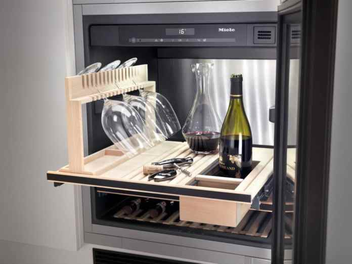It doesn't always have to be the professional version. Nevertheless, wine coolers significantly support the professional storage and cooling of high-quality wines. (Photo: Miele)