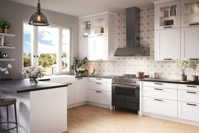 The range cooker, which is popular in the USA, has also become a status symbol in German kitchens.  (Photo: Häcker)