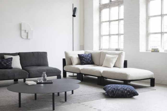 The label is characterized by relaxed couch furniture, eccentric vases and emotionally designed ceramic goods.  (Photo: SERAX)