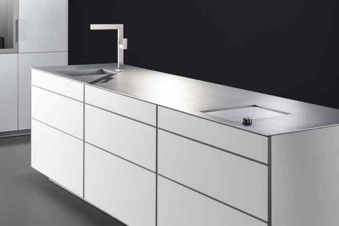New worktop made of hot-rolled stainless steel from Poggenpohl