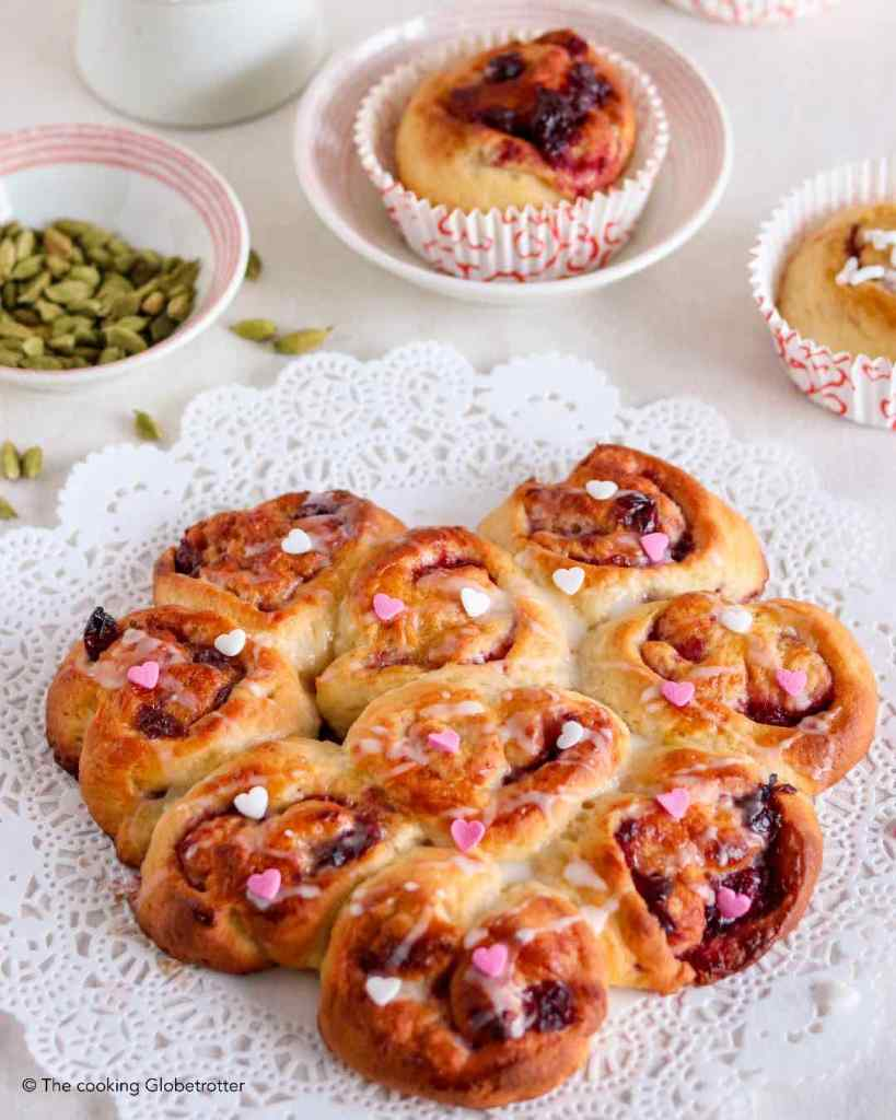 TheCookingGlobeTrotter_Laura_Cardamom_Rolls