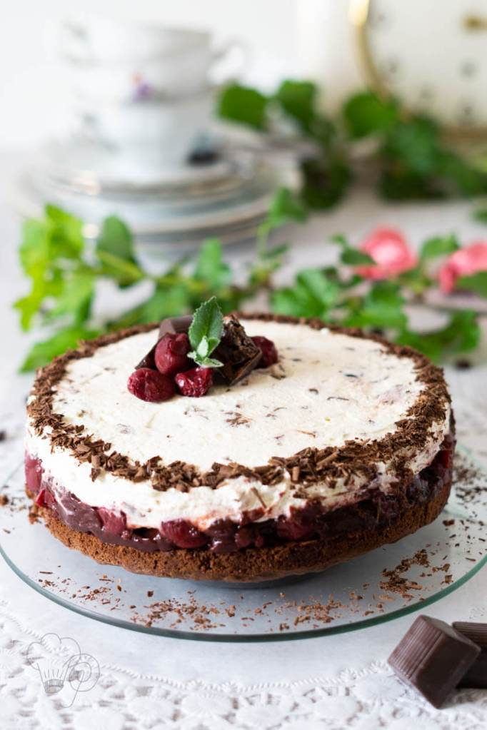 mon-cheri-torte zum kaffeeklatsch