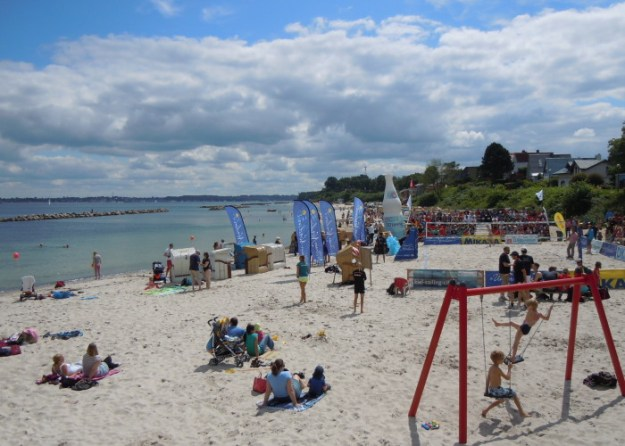 Beach-Volleyball-Turnier auf dem Schilkseer Ostseestrand
