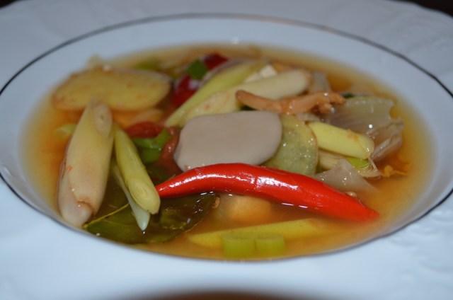 Tom-yum-vege-supa