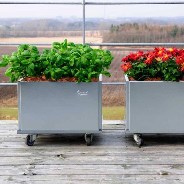 21-Kvadratiske-mobile-højbede-galvaniseret-terrassen