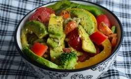 Ponedjeljak bez mesa: Obrok salata sa tjesteninom