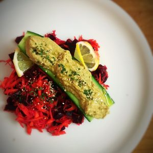 Salade carottes/betterave et concombre farci