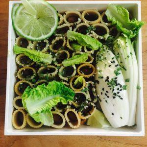 Bentô crème lentilles corail cacahuètes, pâtes complètes et endive