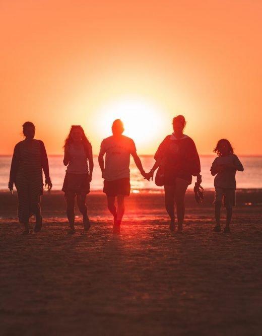 renungan harian keluarga kristen lebih baik