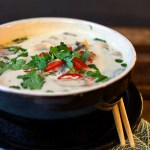 Tom kha gai on Thaimaalainen kanakeitto