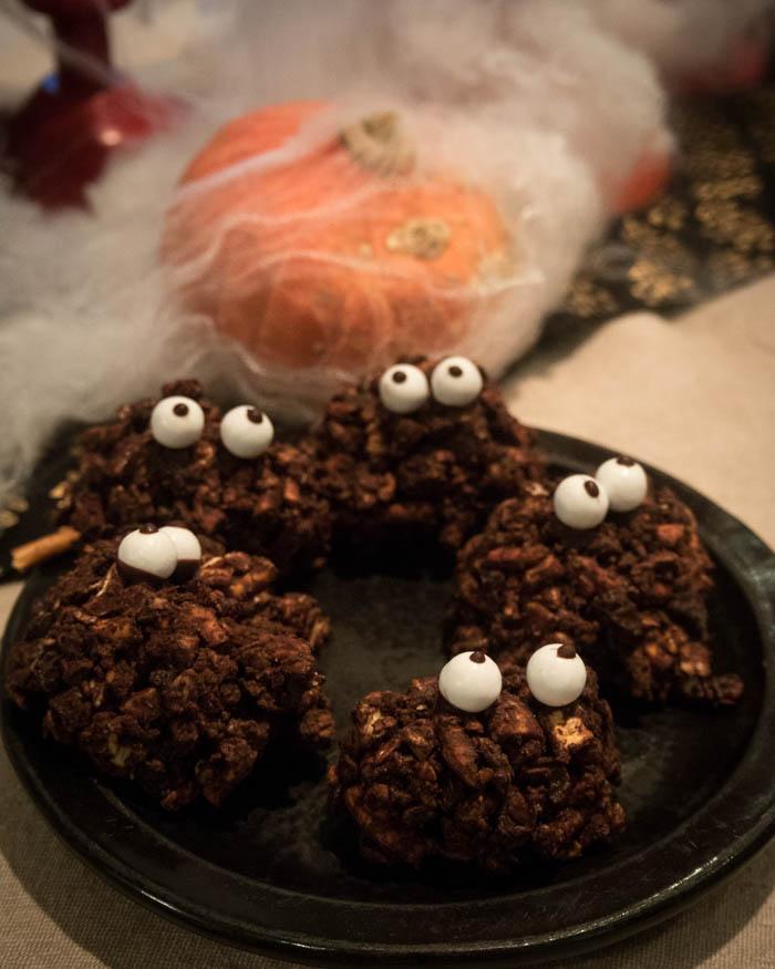 Halloween tarjoilu