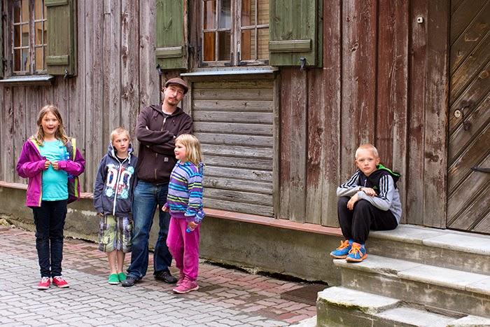 Viro lasten kanssa