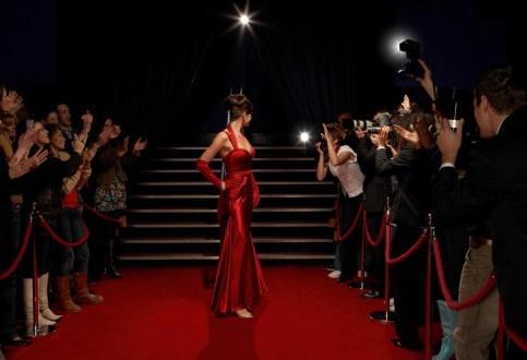 Top Blogger Kantoi Pakai Baju Yang Sama Di Dua Majlis Berbeza
