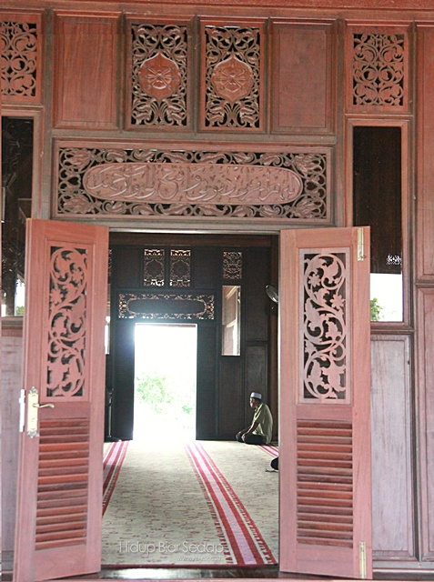 seni bina masjid