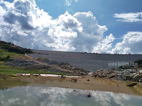 empangan hidroelektrik hulu terengganuempangan kenyir 2 hulu terengganu
