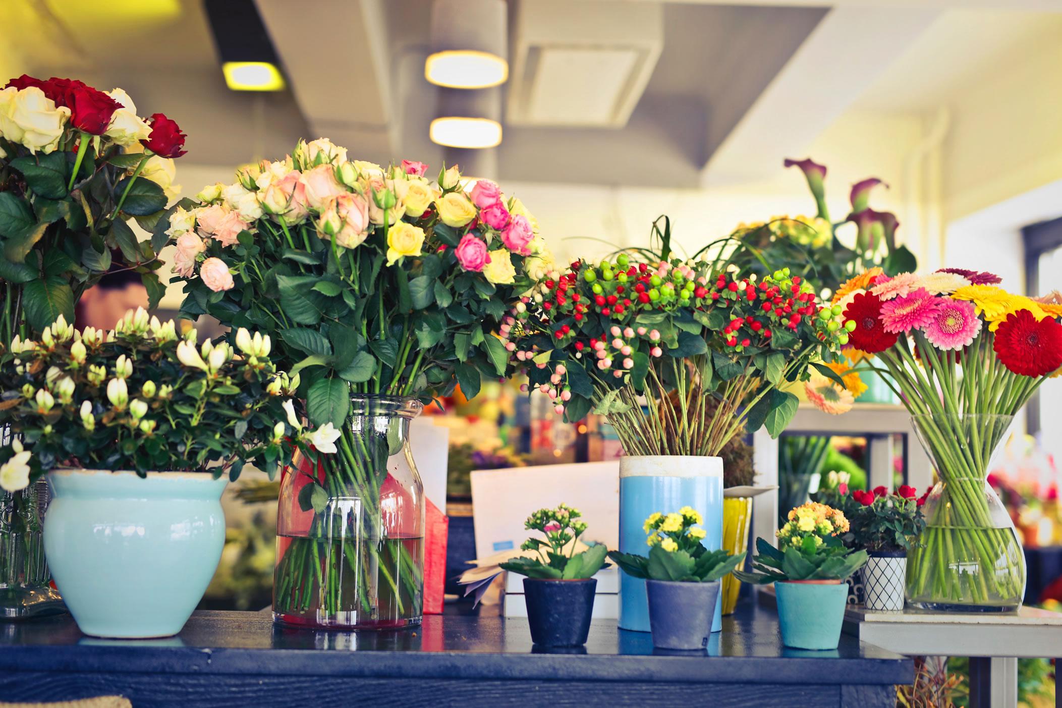 Cómo hacer floreros con materiales fáciles de encontrar