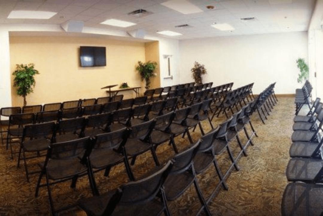 Kulaqua-Retreat-Conference-Center-Woodland-Lodges-Meeting-Rooms 1150x770