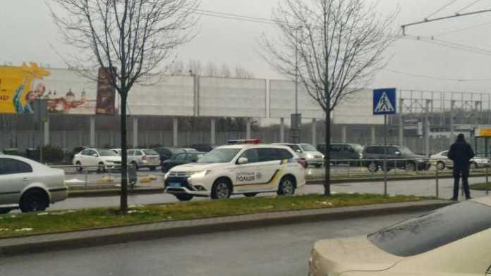 У Львові замінували аеропорт
