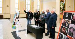 У Львові погасили марку імені Романа Віктюка